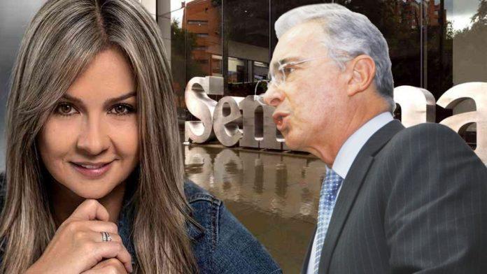 Vikcy Dávila Álvaro Uribe Vélez