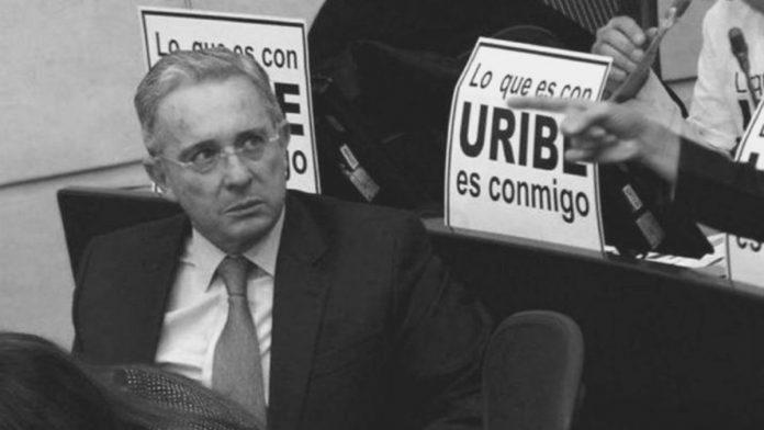 Martes negro del uribismo.