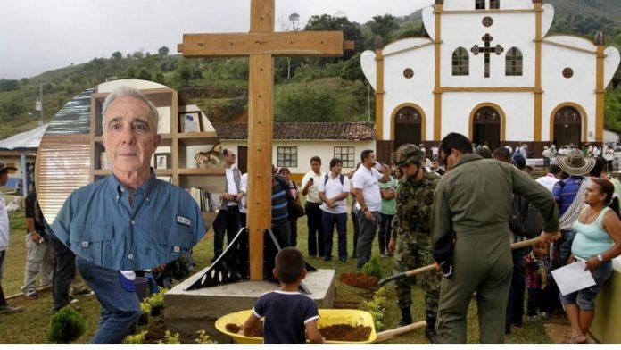 Uribe debe rendir declaración por masacre El Aro ante la Corte