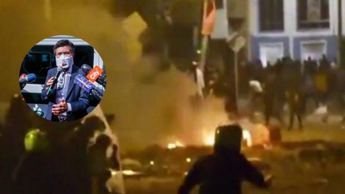 Un video revela como la Policía utiliza armas de fuego en contra manifestantes