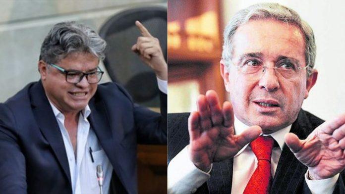 Wilson Arias Álvaro Uribe Vélez