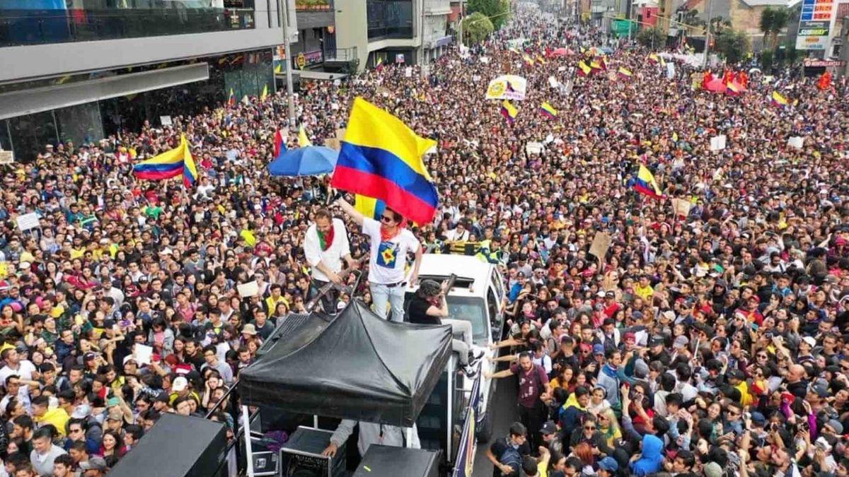 https://pluralidadz.com/wp-content/uploads/2020/09/paro-nacional-Colombia.jpg