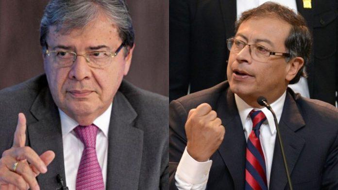 Gustavo Petro sobre moción de censura a Carlos Holmes Trujillo