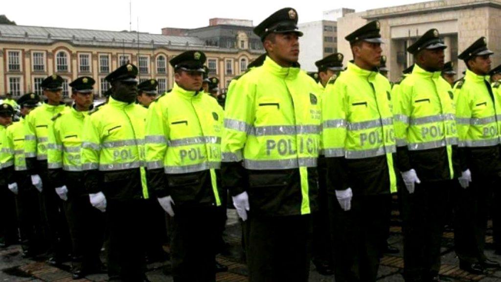 iniciativa de reforma a la Policía Nacional.