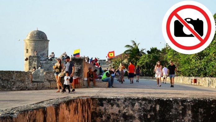 Sí se pueden tomar fotos a murallas de Cartagena