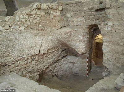 La casa del 'caso fuerte' en la cripta fue el hogar de Jesús, dice un arqueólogo