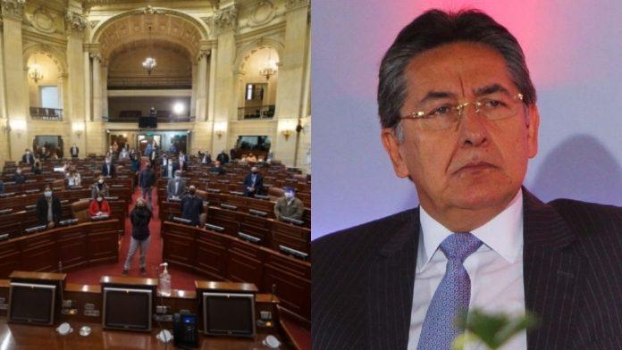 Oposición rechaza embajada de Néstor Humberto Martínez en España