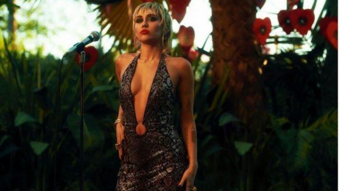 Recae Miley Cyrus