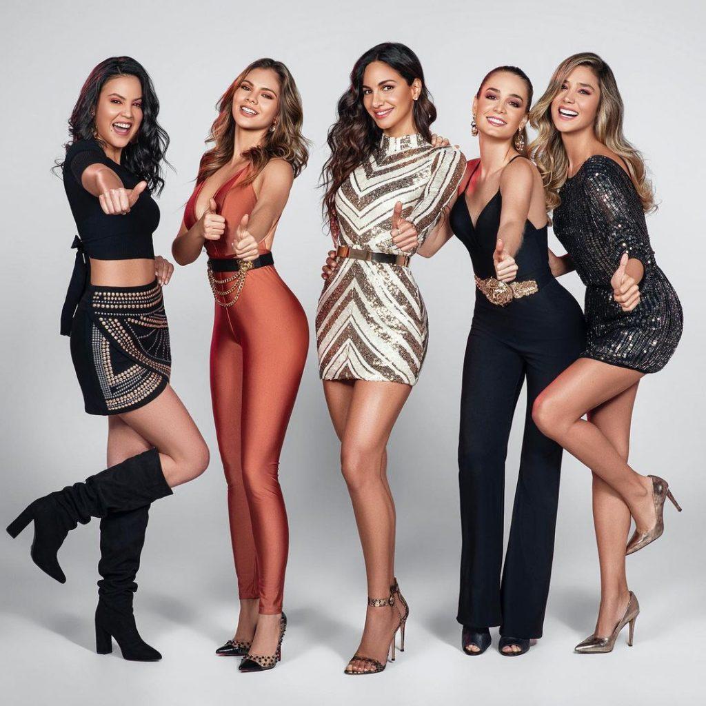 Verificado ¡Ellas son nuestras cinco mujeres #SuperLike! 💜 @luzatobon, @sandrabohorquez, @valeriedomi, @catalinauribeg y @zahira.tv nos acompañan en todas las emisiones de @superlike en @noticiasrcn 💜 ¡Qué fortuna tenerlas en #NuestraTele!