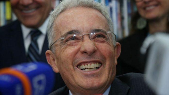 Fiscalía respalda a la defensa de Uribe