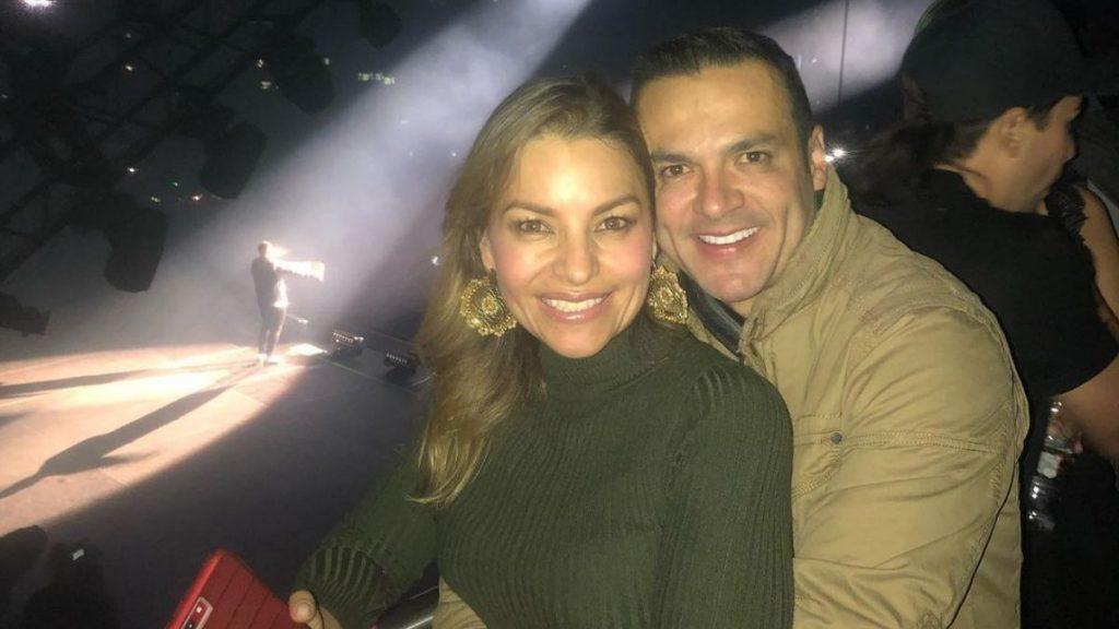 Juan Diego Alvira y su esposa Ana María Escobar.