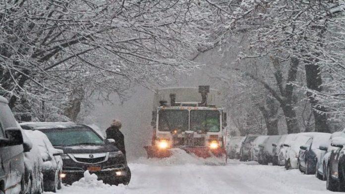 Estado de emergencia en New York y New Jersey por tormenta de nieve
