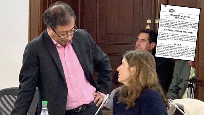 Gustavo Petro sale librado sobre caso de 'fajos de billetes'
