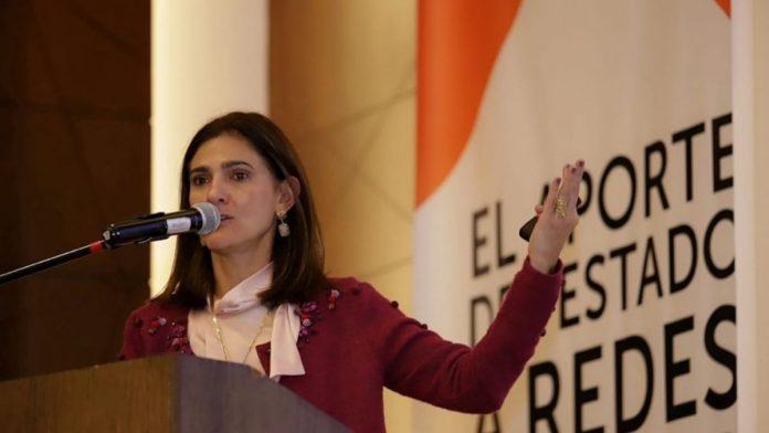 Ángela María Orozco, la ministra de Transporte denunció licitación del RUNT