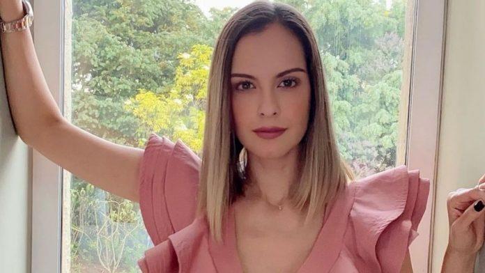 Laura Acuña se despide del canal RCN.