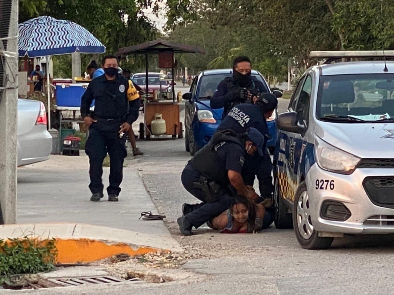 Mujer es asesinada por policías en México
