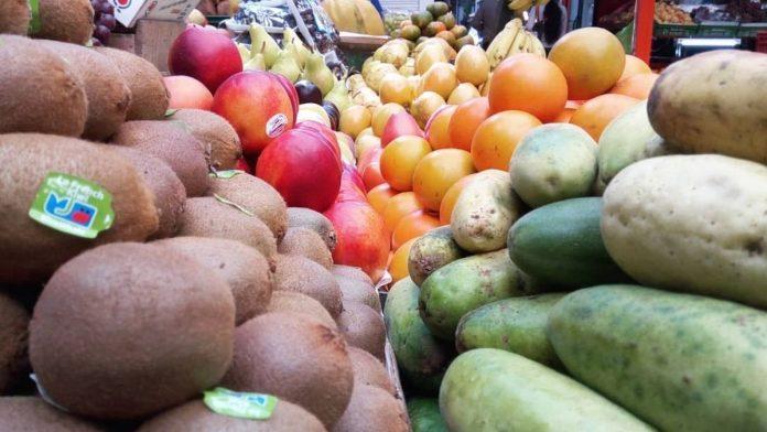 Nueva reforma tributaria va por todos los alimentos