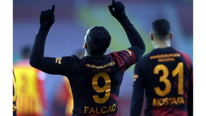 Radamel Falcao le agradeció a Jesús