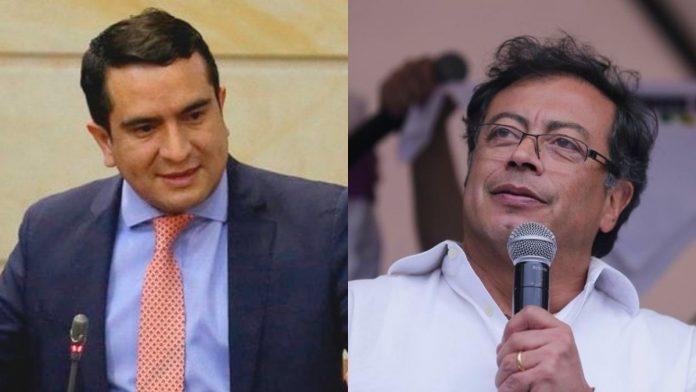 Uribismo critica a Gustavo Petro
