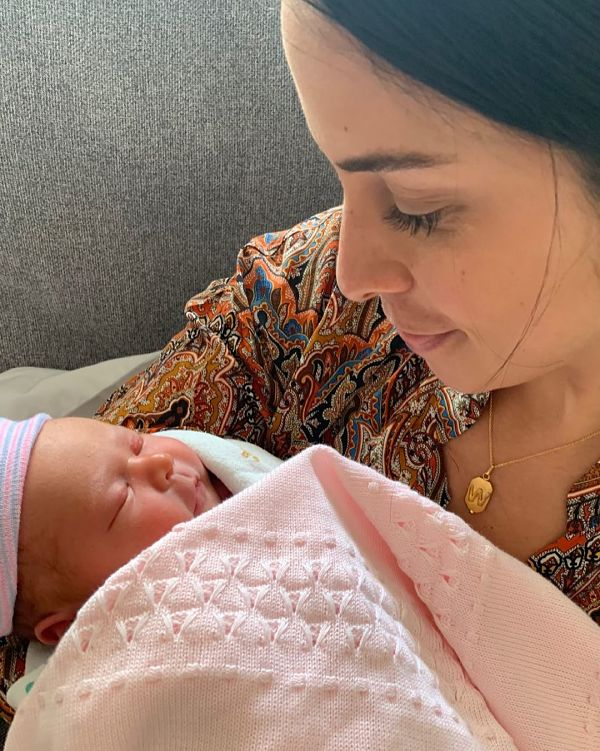 La tía Wendy con su sobrina Ella