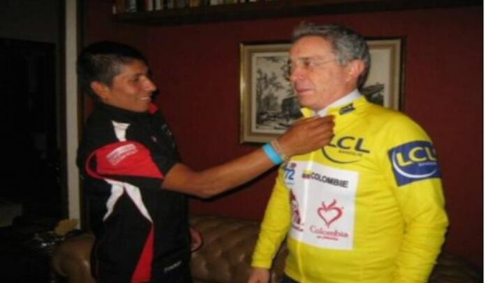Nairo Quintana y Álvaro Uribe Vélez