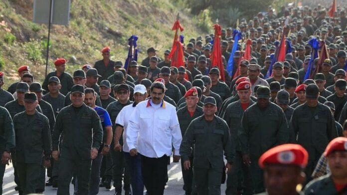 Nicolás Maduro ha desplegado las fuerzas militares de Venezuela a la frontera