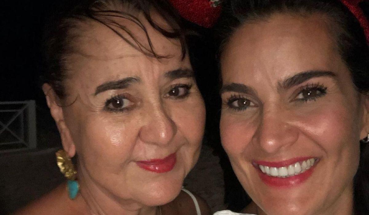 Vanessa De La Torre y su madre