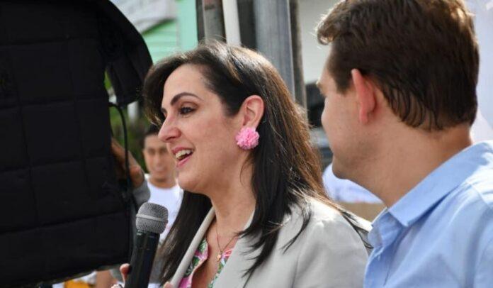 María Fernanda Cabal ya comenzó con las teorías conspirativas