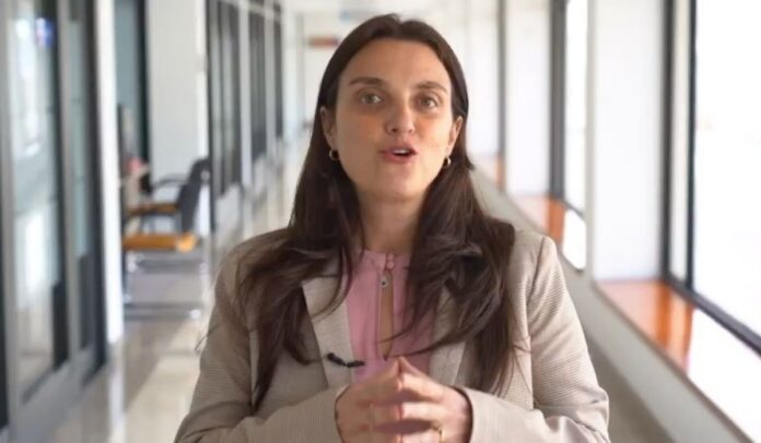 Karen Abudinen, ministra de las TIC, pretende censurar los contenidos a nombre de los niños