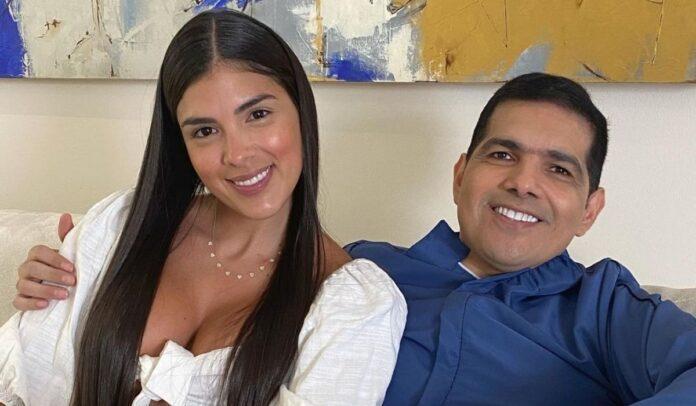 Tata Becerra aclara que su relación con Peter Manjarrés está de la mejor manera.