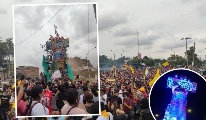Miles de caleños asistieron a la inauguración del 'monumento a la  resistencia'