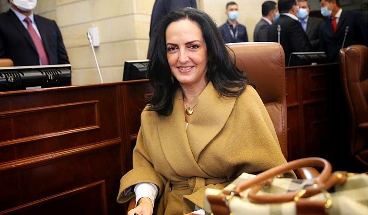 María Fernanda Cabal propone recuperar el rumbo