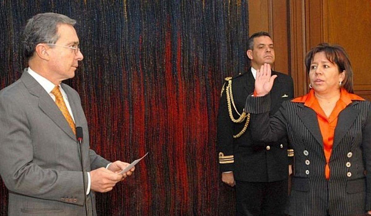 María del Pilar Hurtado era la inteligencia ilegal de Álvaro Uribe Vélez