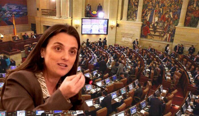 Debate de moción de censura contra minTIC