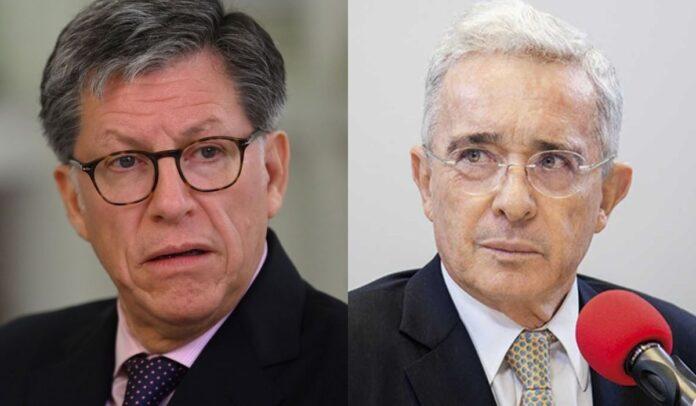 José Miguel Vivanco rechazó propuesta de Uribe de amnistía general
