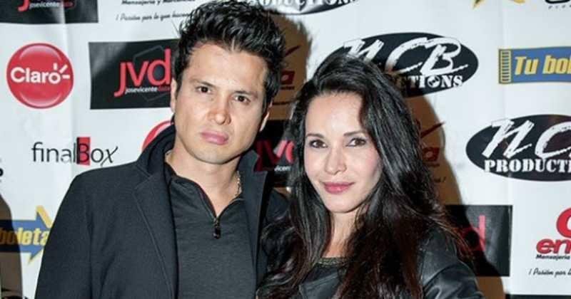 La actriz Adriana Campos falleció en un accidente automovilístico junto a su esposo.