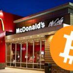Así es pagar en un McDonald's con bitcoins
