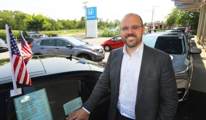 Chris Dagesse es presidente de DCD Automotive Holdings Boston Globe
