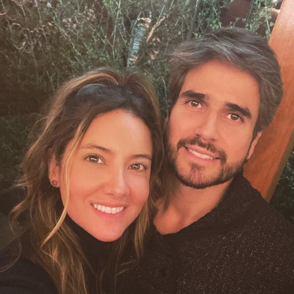 Daniella Álvarez y Daniel Arenas.