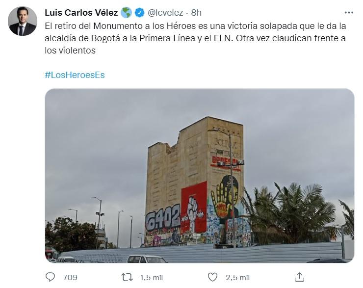 Trino de Luis Carlos Vélez sobre el retiro del Monumento a los Héroe.