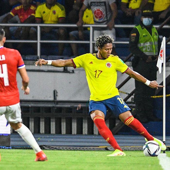 Yairo Moreno, lateral izquierdo de la Selección Colombia