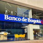 Banco de Bogotá de Estable a Negativa