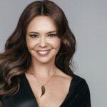 Natasha Klauss interpreta a Sarita Elizondo en Pasión de gavilanes